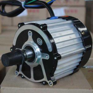 Электродвигатель в электромобиль